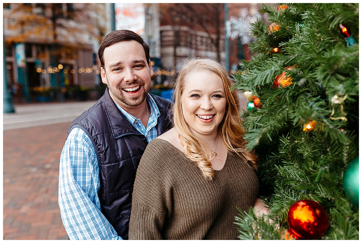 Downtown Memphis engagement_0004.jpg
