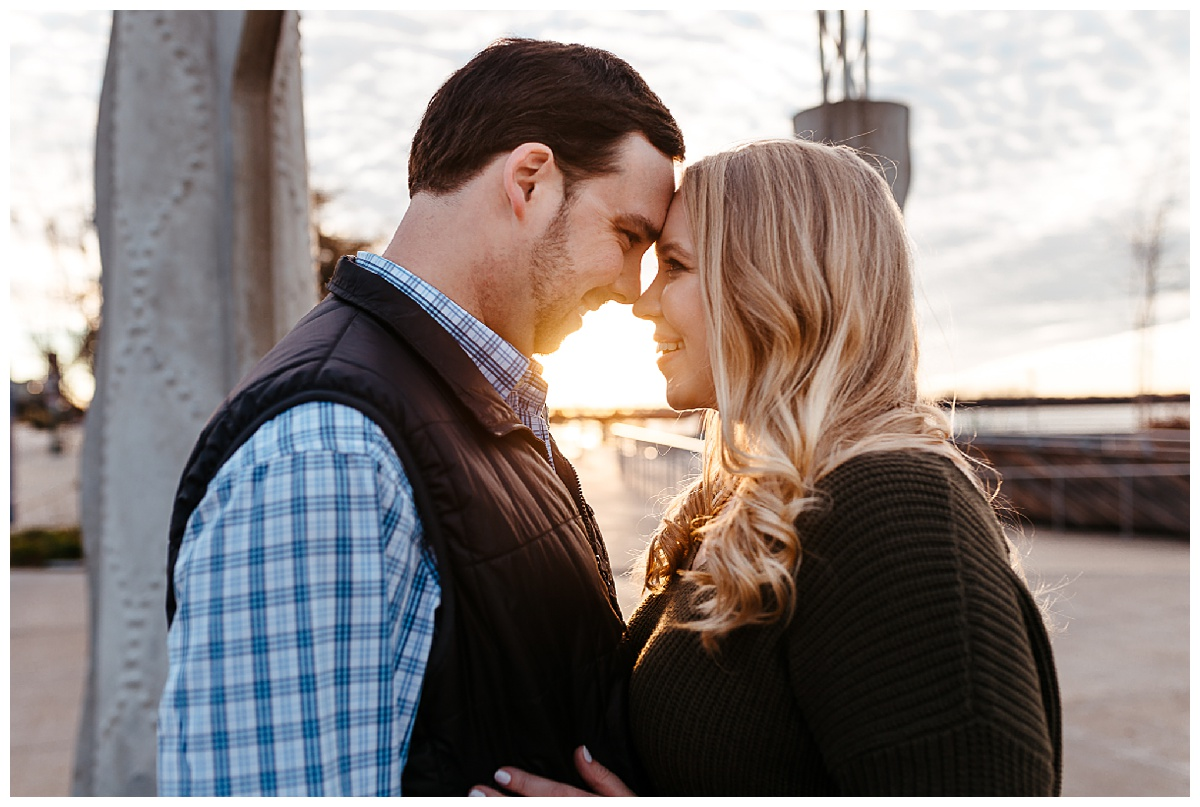 Downtown Memphis engagement_0016.jpg