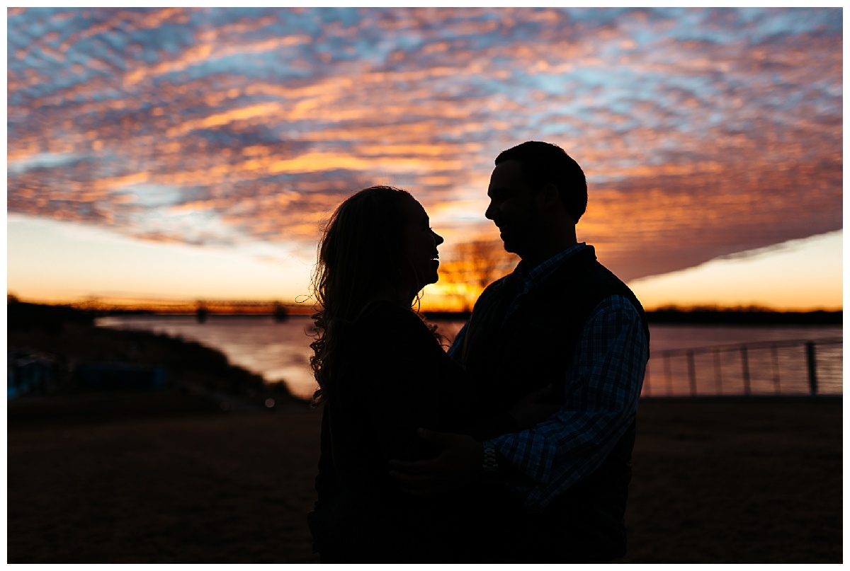 Downtown Memphis engagement_0022.jpg